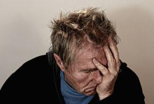 Aceite esencial de salvia, dolor de cabeza